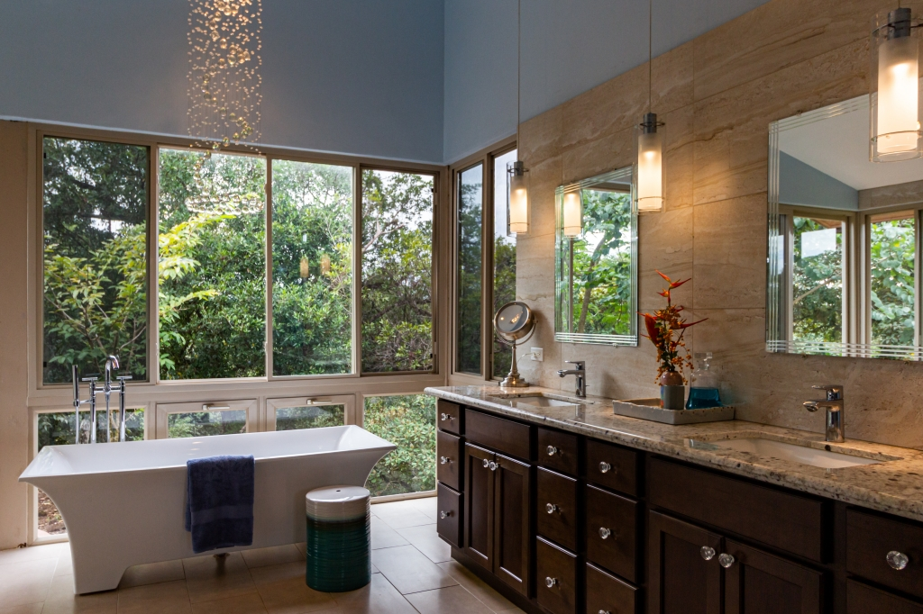 Custom home idea for bathroom